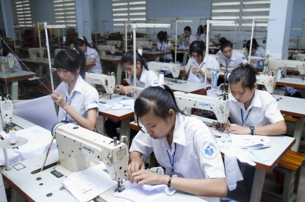 Những lưu ý về việc làm tại Nhật Bản ngành may mặc