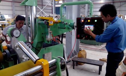 Điều kiện và lợi ích của việc làm kỹ sư vận hành máy ở Nhật Bản